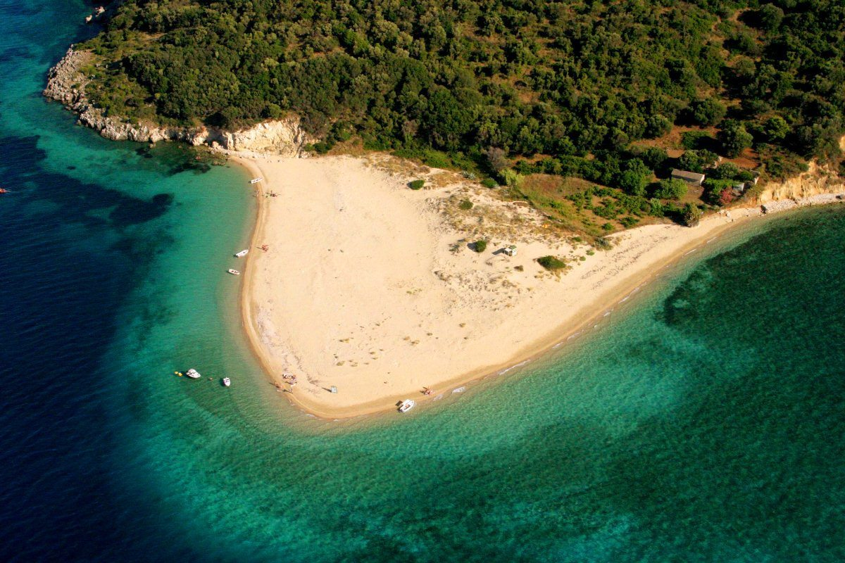Marathonissi beach